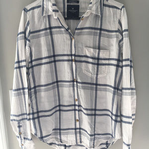 Boyfriend Plaid American Eagle Long Sleeve Small